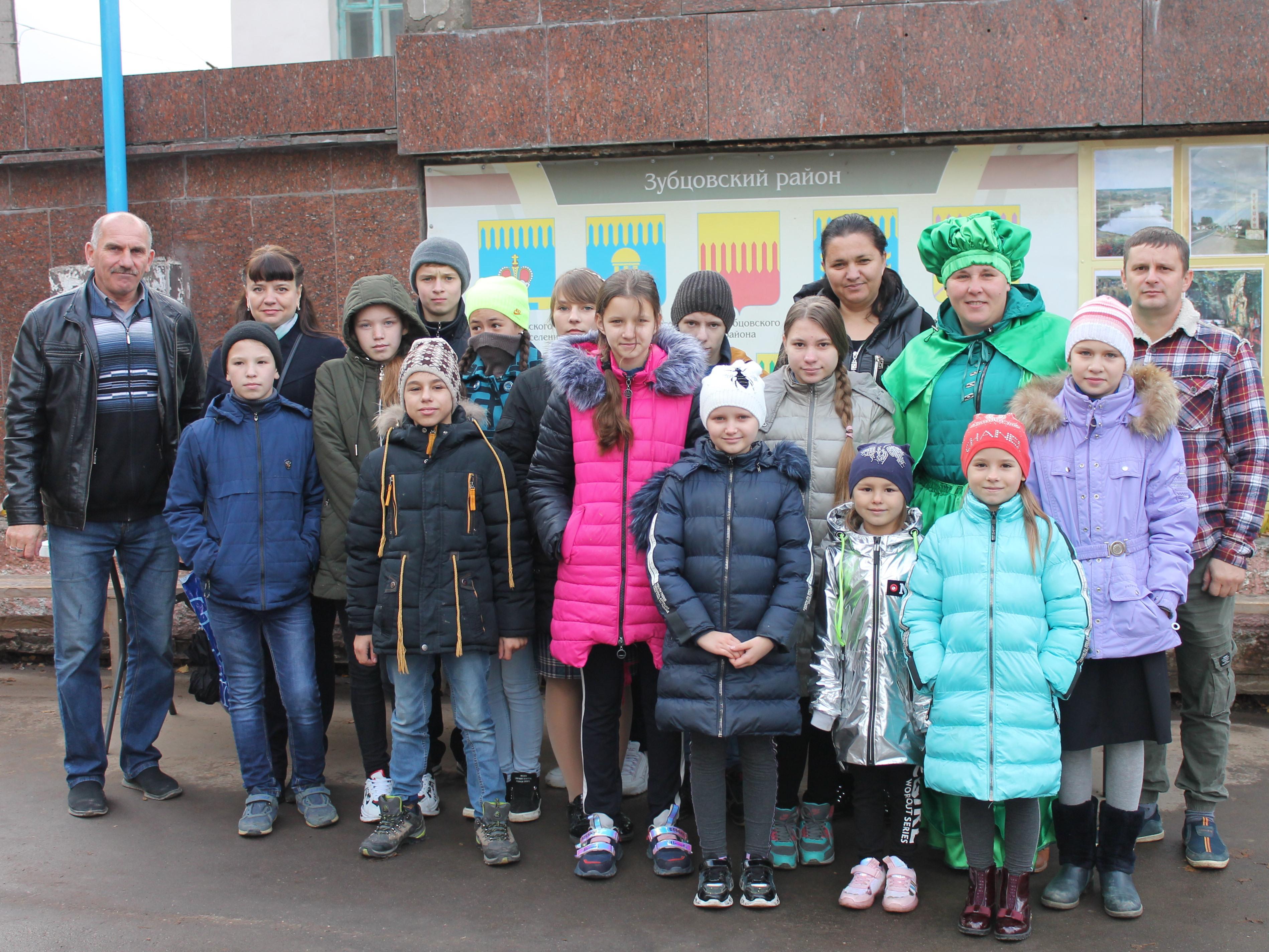 Участники «Школы фермеров» на фестивале «Барыня капуста-2019»
